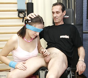 Best Girls Blindfold Porn Pictures