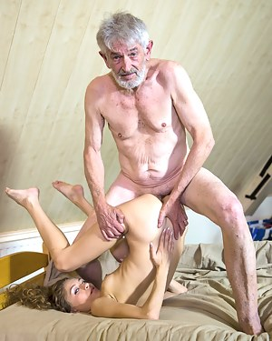 Best Flexible Girls Porn Pictures