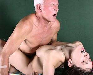 Best Girls Rough Sex Porn Pictures