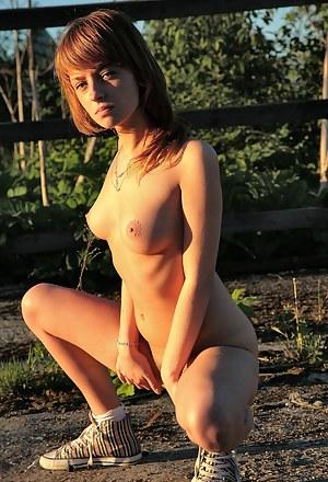 Best Farm Girls Porn Pictures