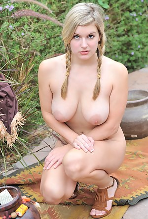 Best Chubby Girls Porn Pictures