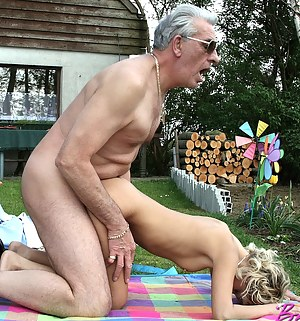Best Petite Girls Porn Pictures